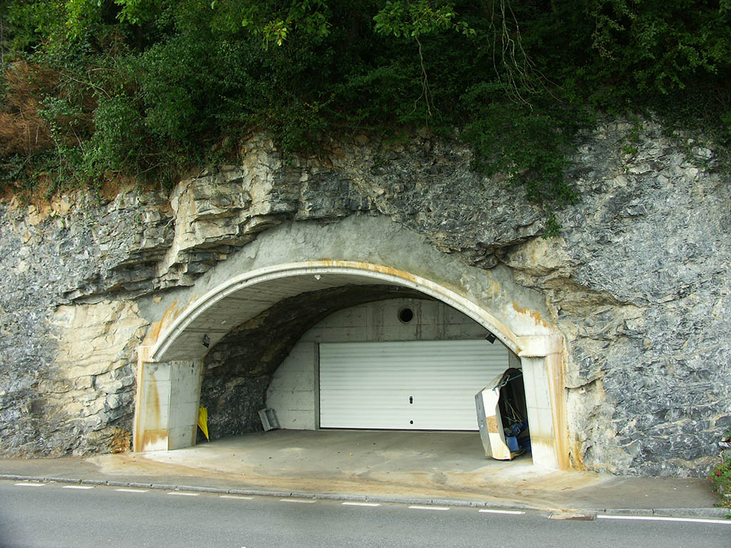 Who might own a garage in the mountain...